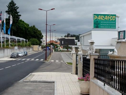 Rua da Estrada do Paraíso / Álvaro Domingues, Cortesia de Álvaro Domingues
