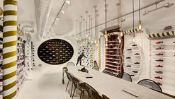 Skechers TR - Kids Showroom / Zemberek Design