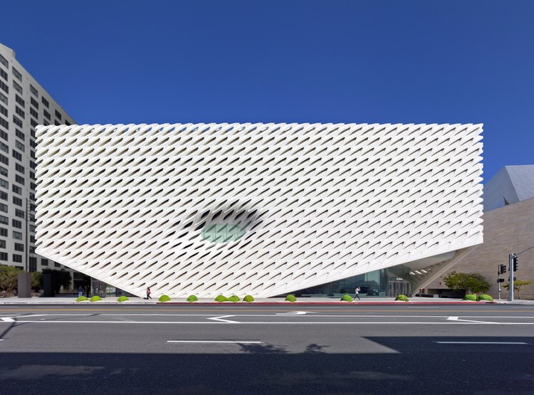 "Compreendendo ""The Broad"": Um marco na revitalização do centro de Los Angeles, © Benny Chan"