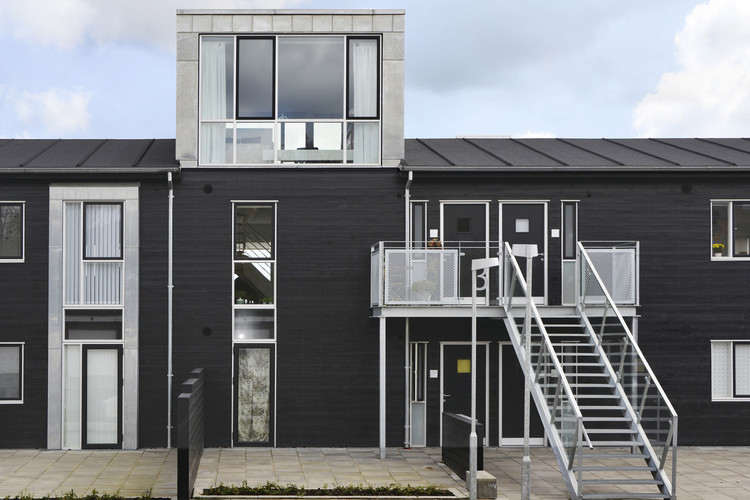 Himmerland Housing Estate Renovation / C.F. Møller, © Mark Hadden