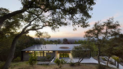 Overlook Guest House / Schwartz and Architecture