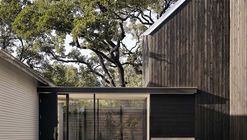 Residência Hillside / Alterstudio Architecture