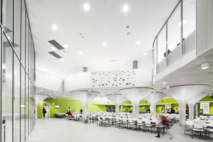 Centro comunitario kastelli lahdelma mahlam ki - Interior design schools in alabama ...