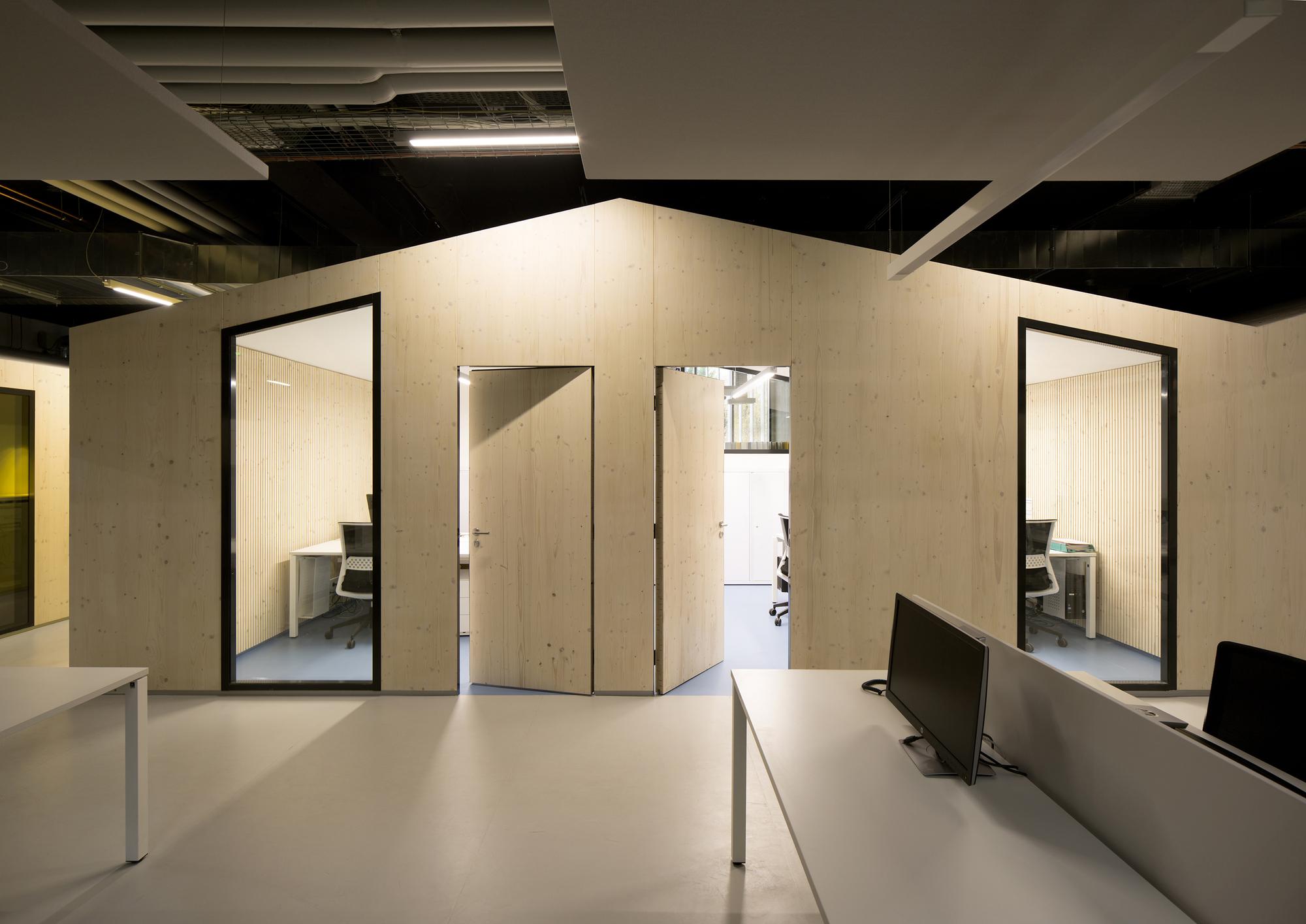 galer a de jm0 open space fuso atelier d architectures 3. Black Bedroom Furniture Sets. Home Design Ideas