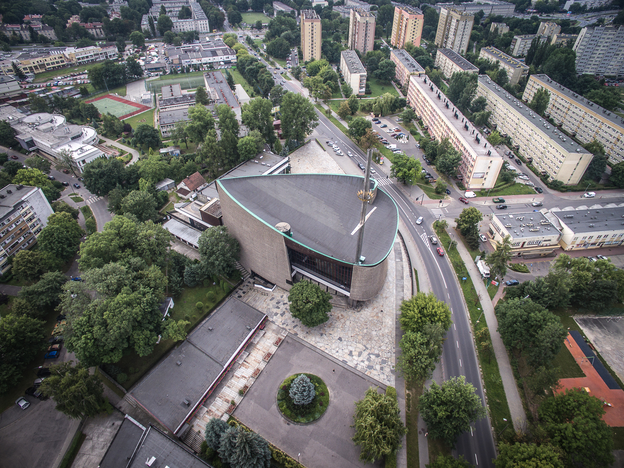 Solidarity >> Gallery of These Churches Are the Unrecognized Architecture of Poland's Anti-Communist ...