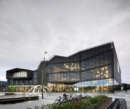 Centro Cultural Stjørdal / Reiulf Ramstad Arkitekter + Lusparken Arkitekter + JSTArkitekter