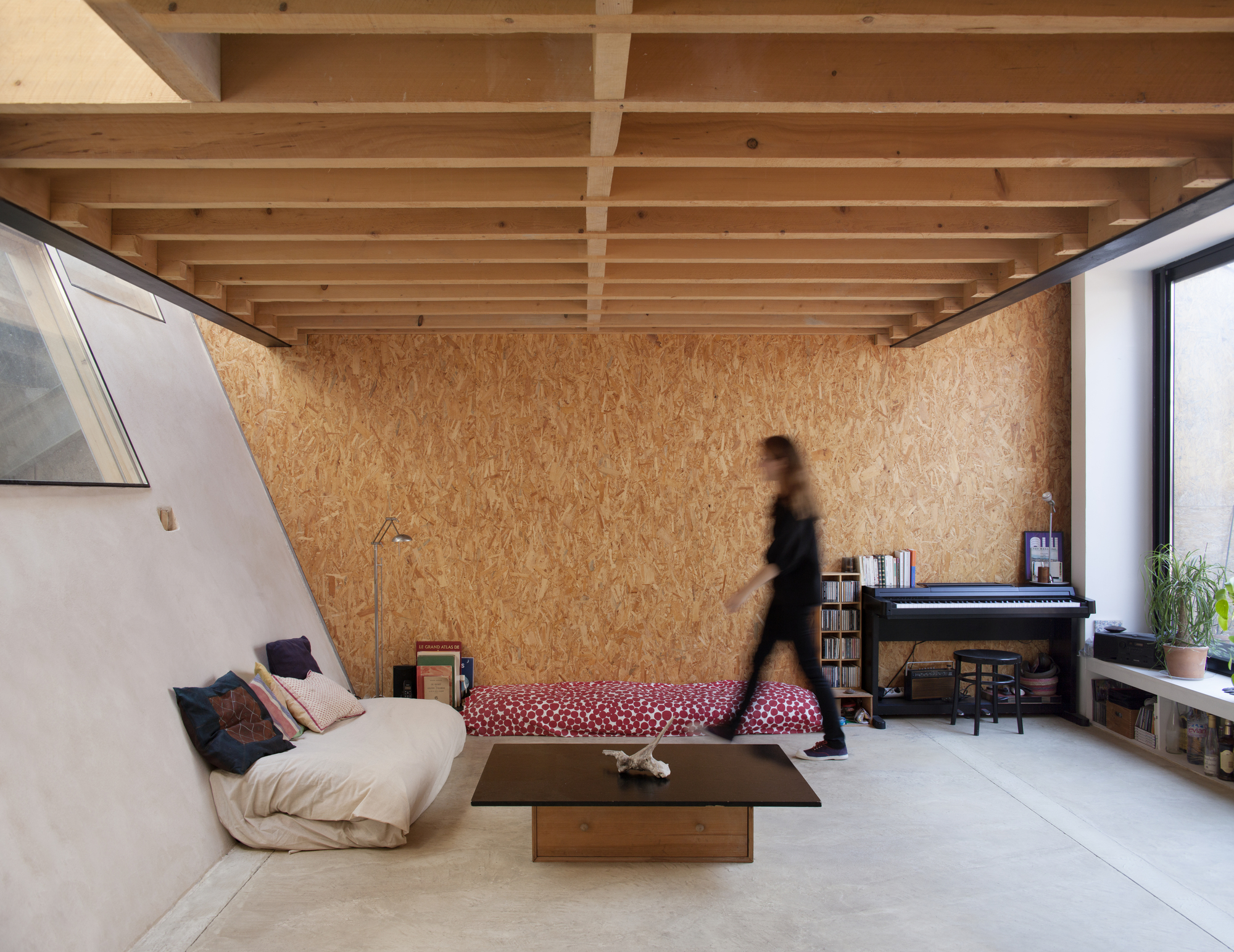 House and Workshop in Former Factory / CAIROS Architecture et Paysage