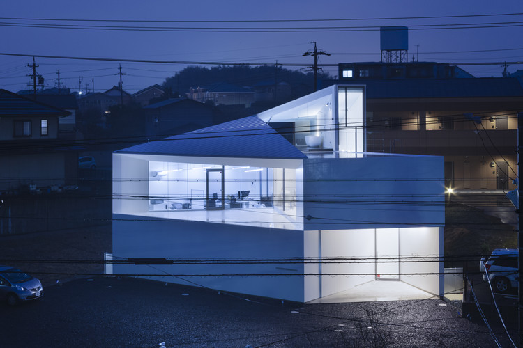 Blues Design Office  / D.I.G Architects, © Tomohiro Sakashita