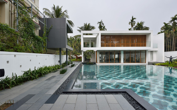 Pool House  / Abin Design Studio, © Ravi Kanade