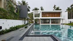 Pool House  / Abin Design Studio