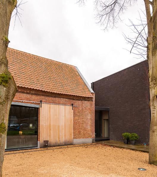 Farmhouse in Westerlo / Van Staeyen + Beutels/Apers , © Luc Roymans