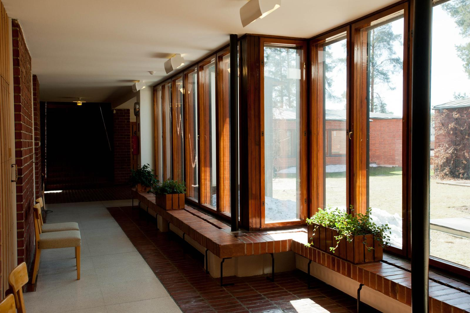 Gallery of ad classics s yn tsalo town hall alvar aalto 2 for Hall window design