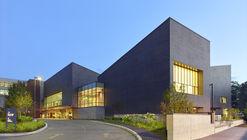 The Granite Club / Montgomery Sisam Architects