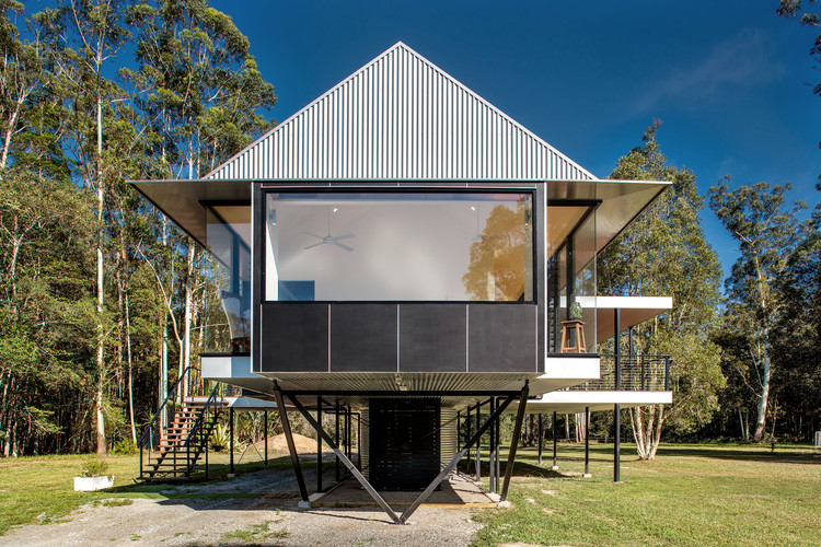 Platypus House / Robinson Architects, © Alain Bouvier