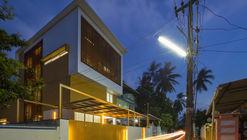 The Breathing Wall Residence  / LIJO.RENY Architects