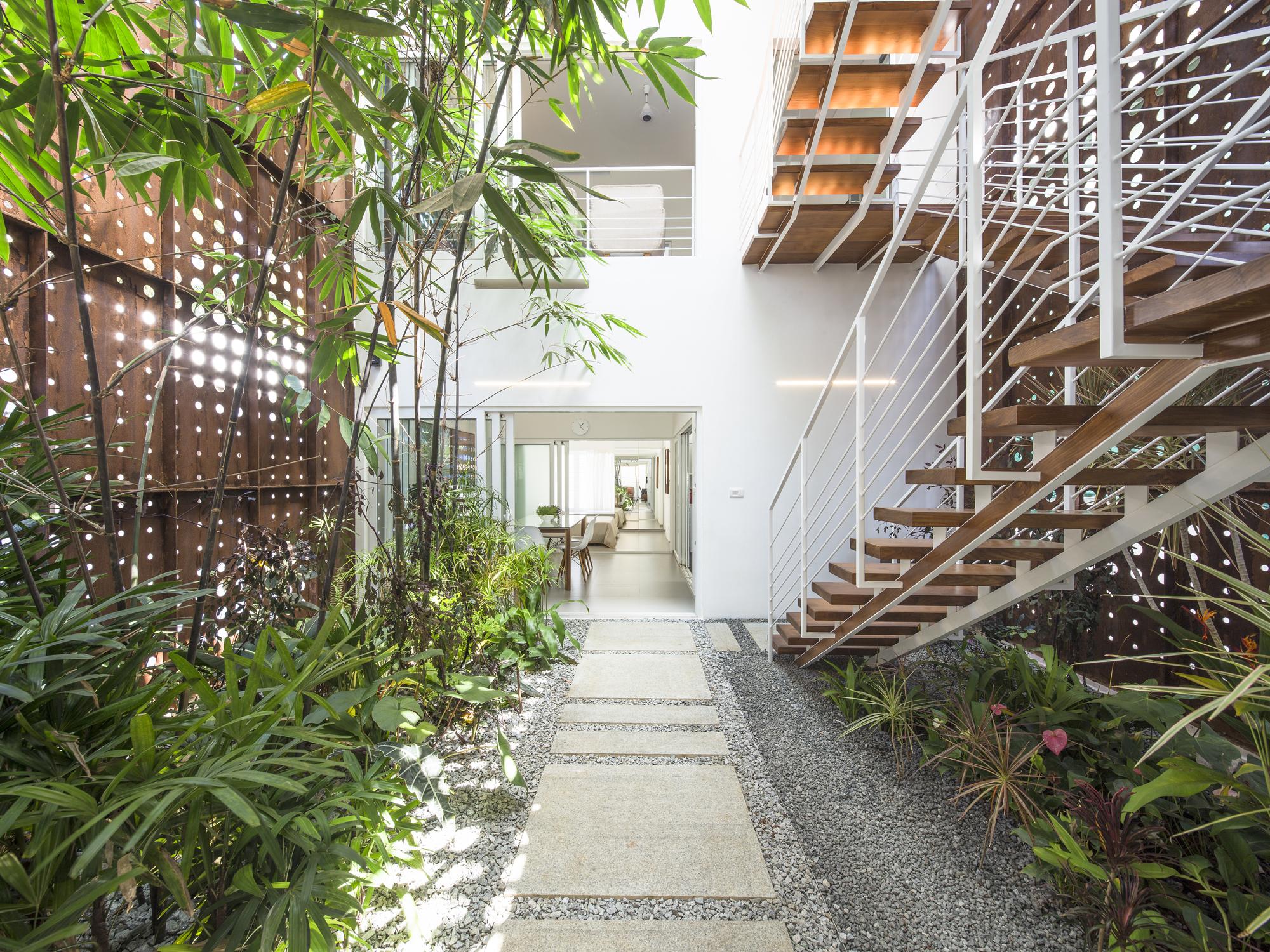 Gallery Of The Breathing Wall Residence Lijo Reny