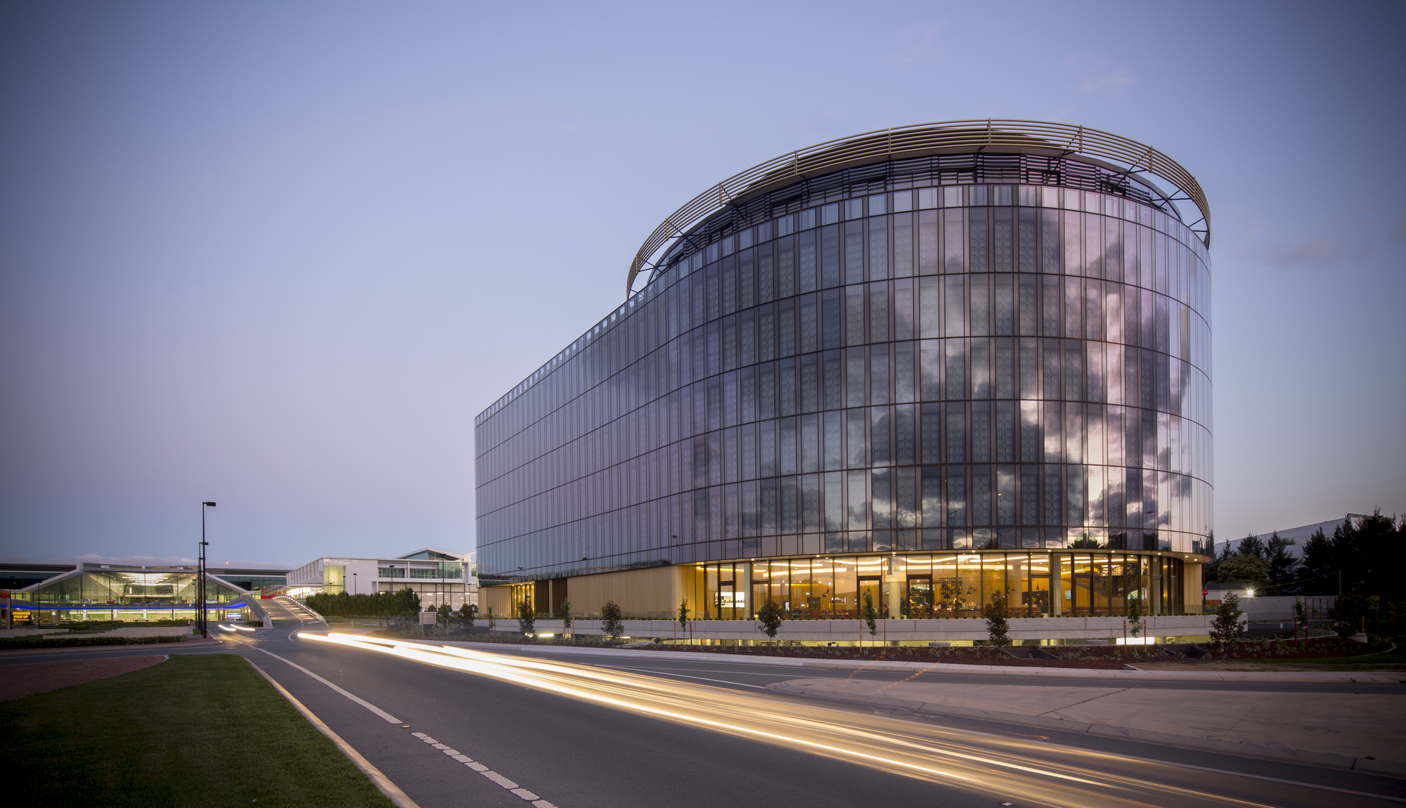 Canberra hotel bates smart archdaily for Hotel design ce