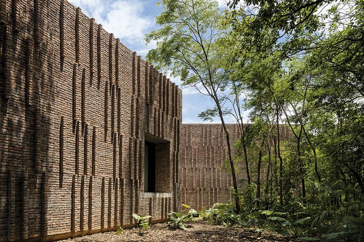 Galería de arte Claudia Andujar / Arquitetos Associados, © Leonardo Finotti