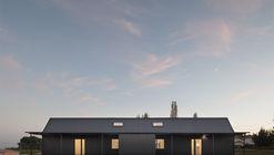 Saint-Sauveur House / Hors-Champs
