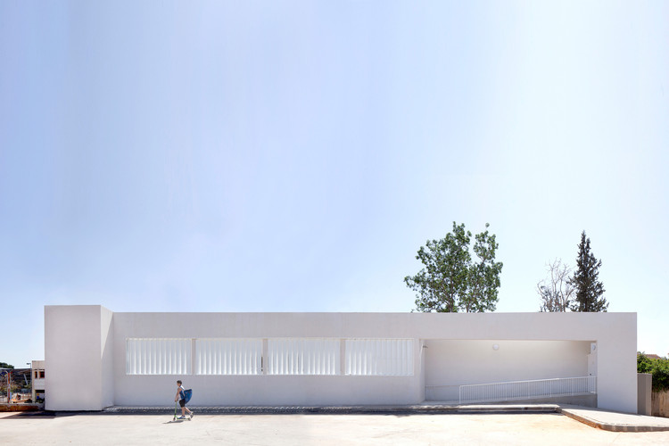 Rhishonim Junior High School / Doron Sheinman, © Yael Engelhart