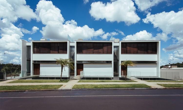 Residências em Série LT / Michel Macedo Arquitetos, © Estudiograma