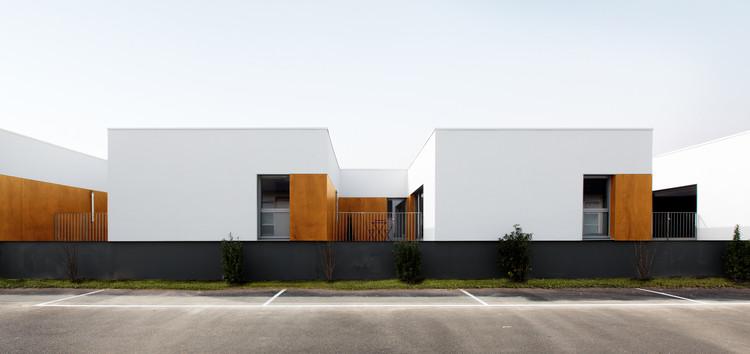 Alojamiento para militares / D.A Architectes, © Pedro Duque Estrada Meyer