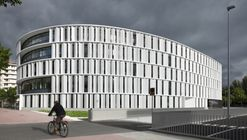 Vitoria-Gasteiz Town Hall Offices / IDOM