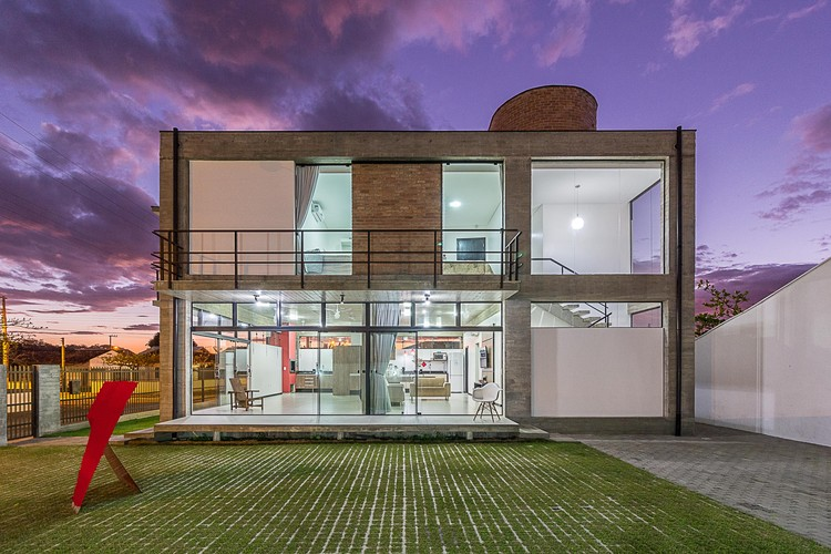 Casa D / PJV Arquitetura, © Larry Sestrem
