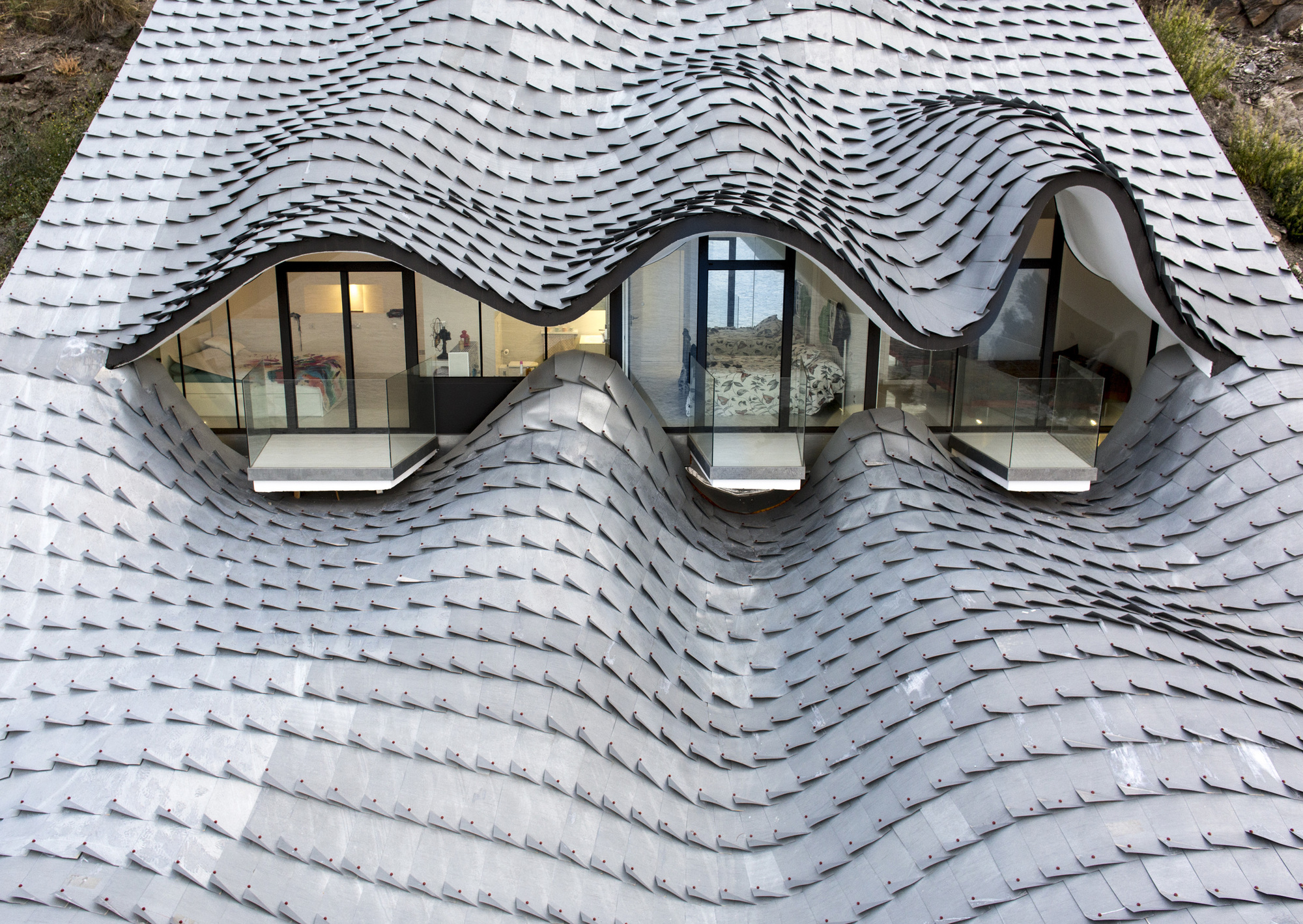 Casa del Acantilado Mirrors The Waves Of The Mediterranean Sea picture