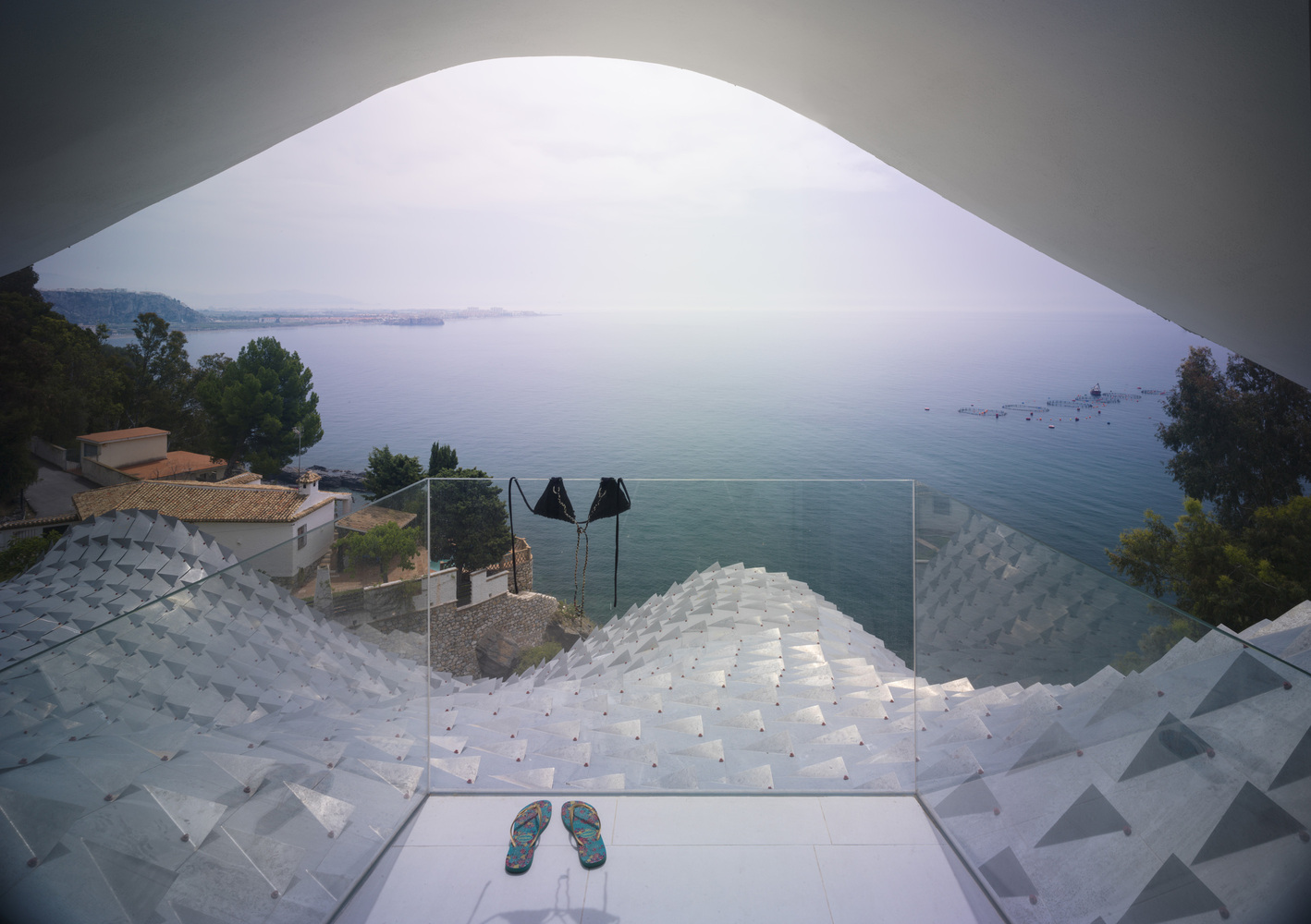 Gallery Of The House On The Cliff Gilbartolome Architects 9