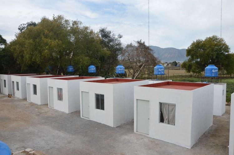 """Pie de casa: El caso de la """"infravivienda"""" en Nayarit, México, Los """"pie de casa"""" en Nayarit, México. Image vía El País"""