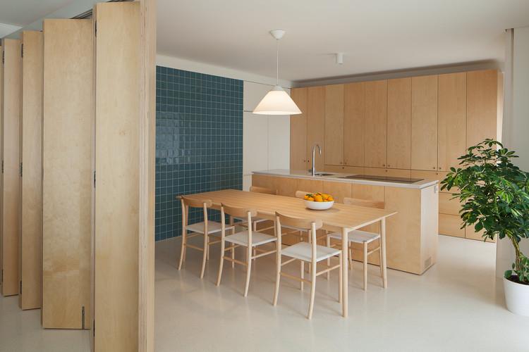Apartamento do forte merooficina archdaily brasil for Comedor para oficina