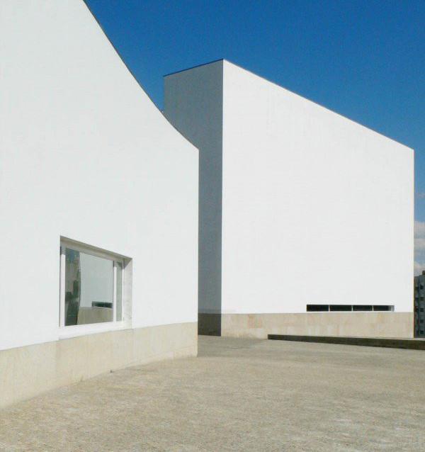 Álvaro Siza projetará nova capela da Afurada em Vila Nova de Gaia, Igreja de Santa Maria. Image Cortesia de Álvaro Siza
