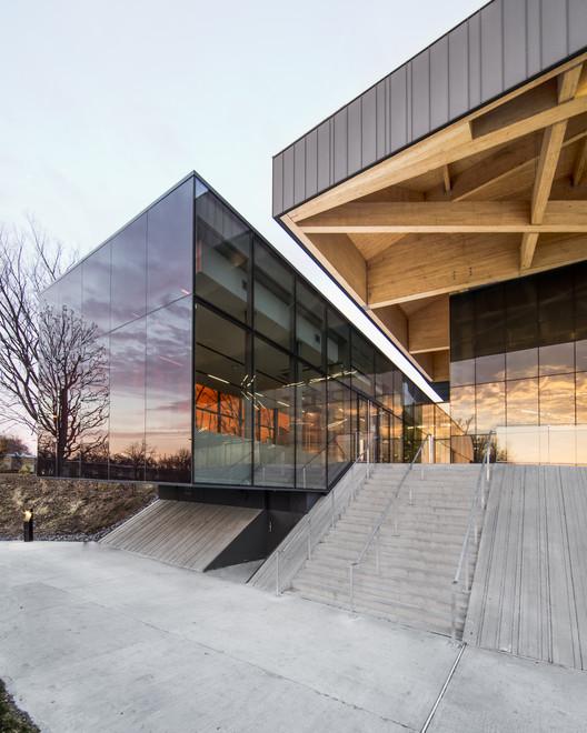 Stade De Soccer de Montréal / Saucier + Perrotte architectes + Hughes Condon Marler Architects