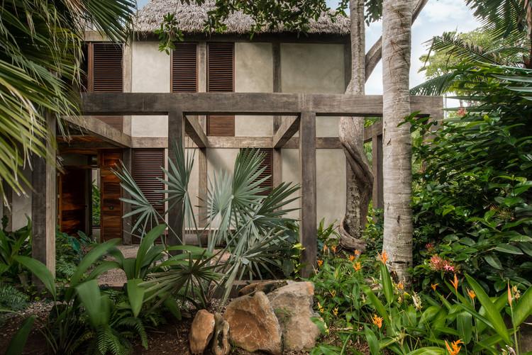 Chacala House / CoA arquitectura  + Estudio Macías Peredo, © Francisco Gutiérrez Peregrina