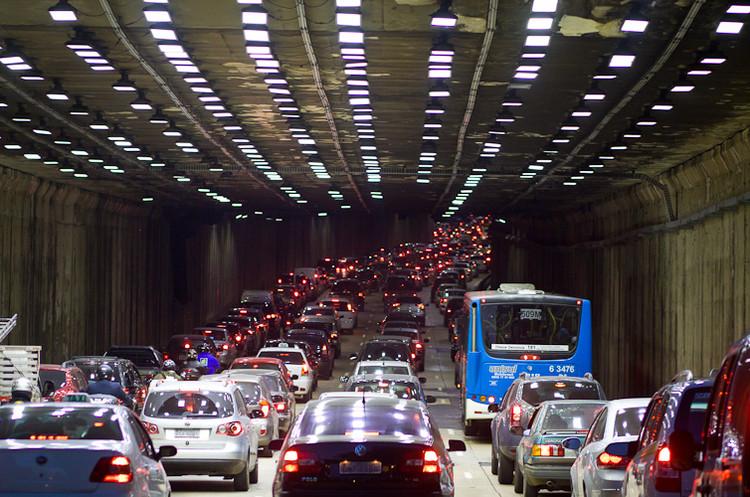 São Paulo cai 51 posições no ranking de cidades mais congestionadas do mundo, São Paulo. Image © Zé Carlos Barretta, via Flickr. CC