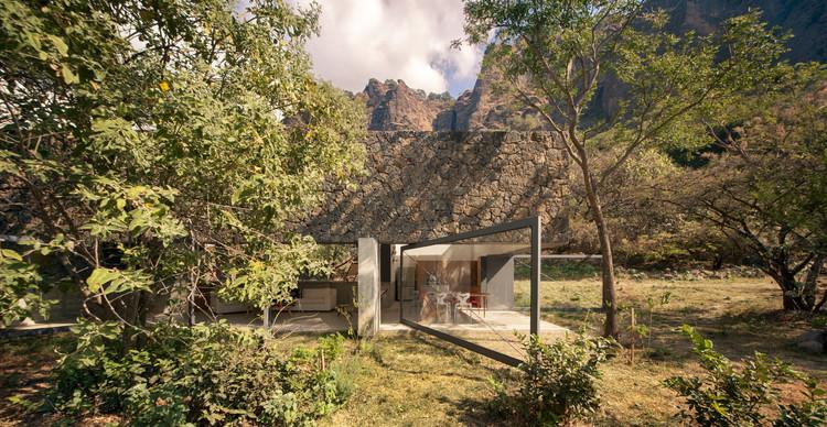 Project of the Month: Casa Meztitla, © Yoshihiro Koitani
