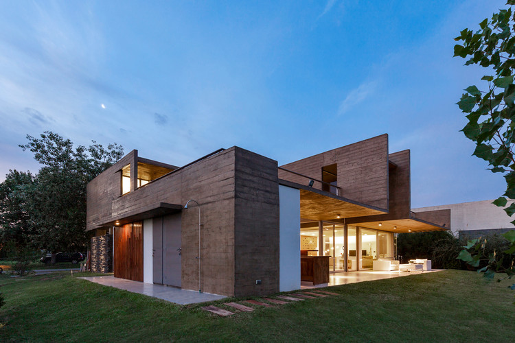 17x17 House / Matías Imbern, Courtesy of Matías Imbern