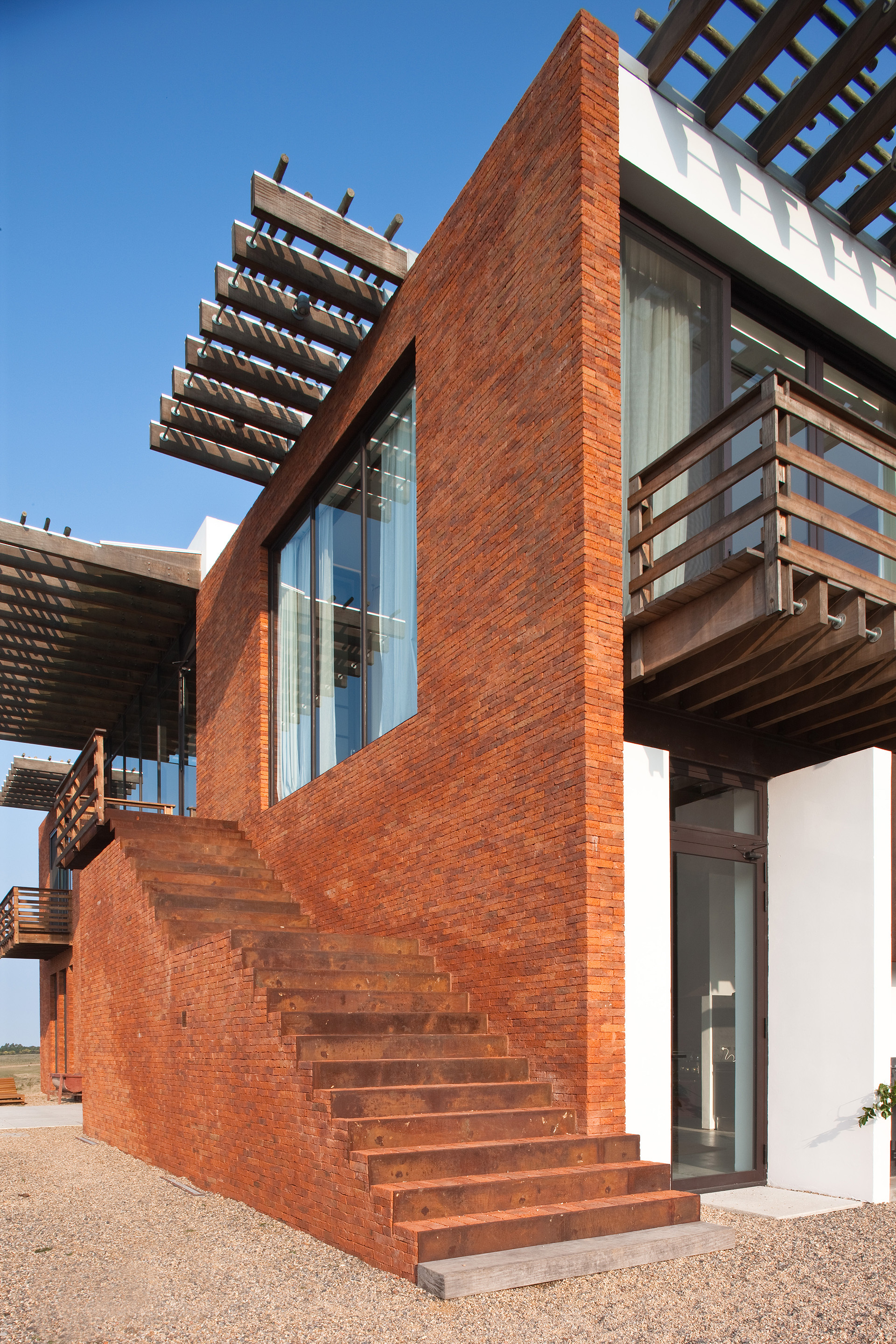 Gallery of luna llena house candida tabet arquitetura 13 - Residence secondaire candida tabet architecture ...