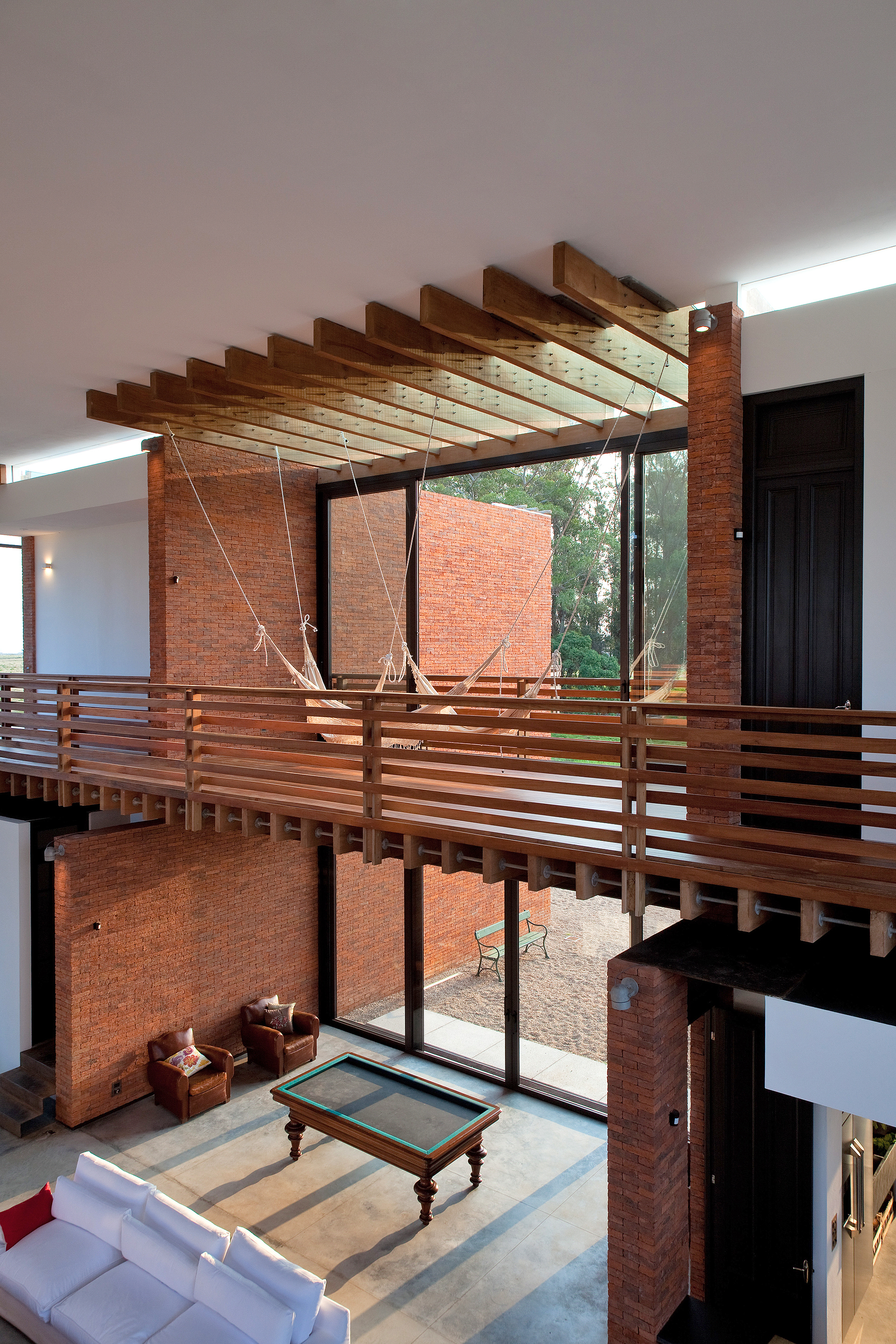 Gallery of luna llena house candida tabet arquitetura 33 - Residence secondaire candida tabet architecture ...