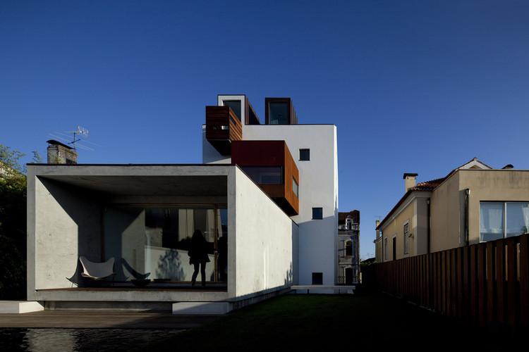 Robalo Cordeiro House / João Mendes Ribeiro, © Fernando Guerra | FG + SG