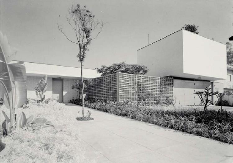 """Casa projetada por Rino Levi é aberta ao público pela primeira vez com a exposição """"Residência Moderna"""", Residência Castor Delgado Perez / Rino Levi. Image © Acervo Digital Rino Levi FAU PUC Campinas"""