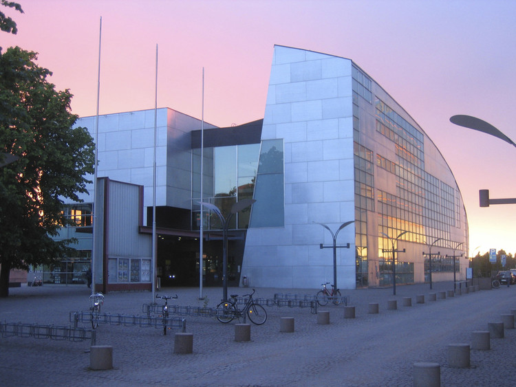 AD Classics: Kiasma Museum of Contemporary Art / Steven Holl Architects, © Ari Palm