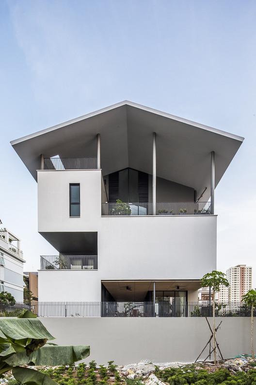 Casa flotante / Nha Dan Architects, © Hiroyuki Oki