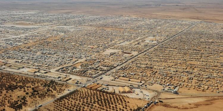 Maria Neto vence Prêmio Fernando Távora com projeto sobre o maior campo de refugiados do mundo, Dadaab, maior campo de refugiados do mundo, na fronteira entre o Quênia e a Somália. Image via innovation.unhcr.org