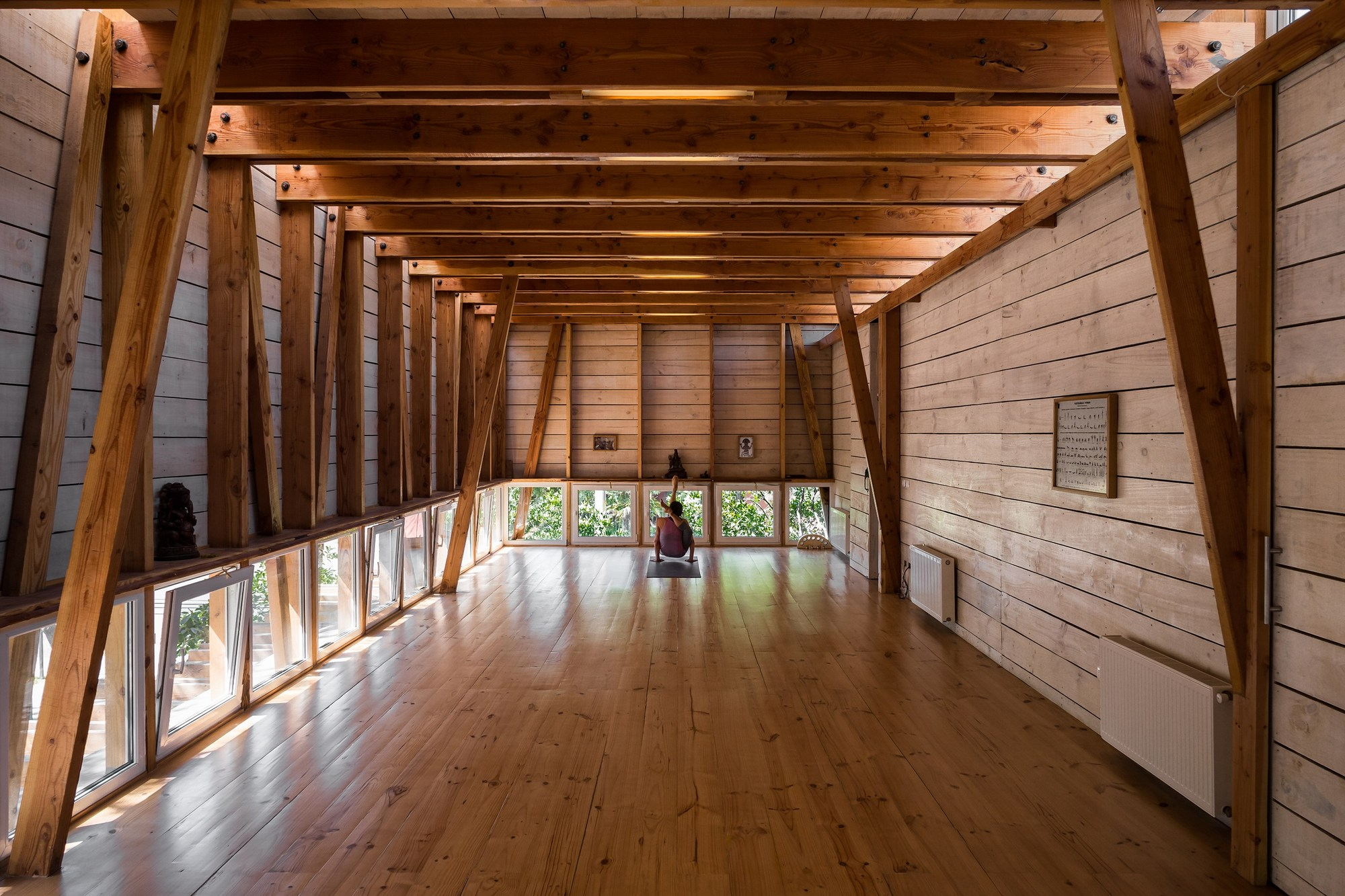 Ayc dx arquitectos archdaily - Casas rurales de madera ...
