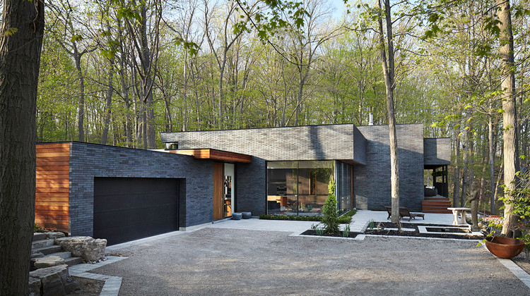 Fallsview residence setless architecture archdaily - Case moderne in pietra ...