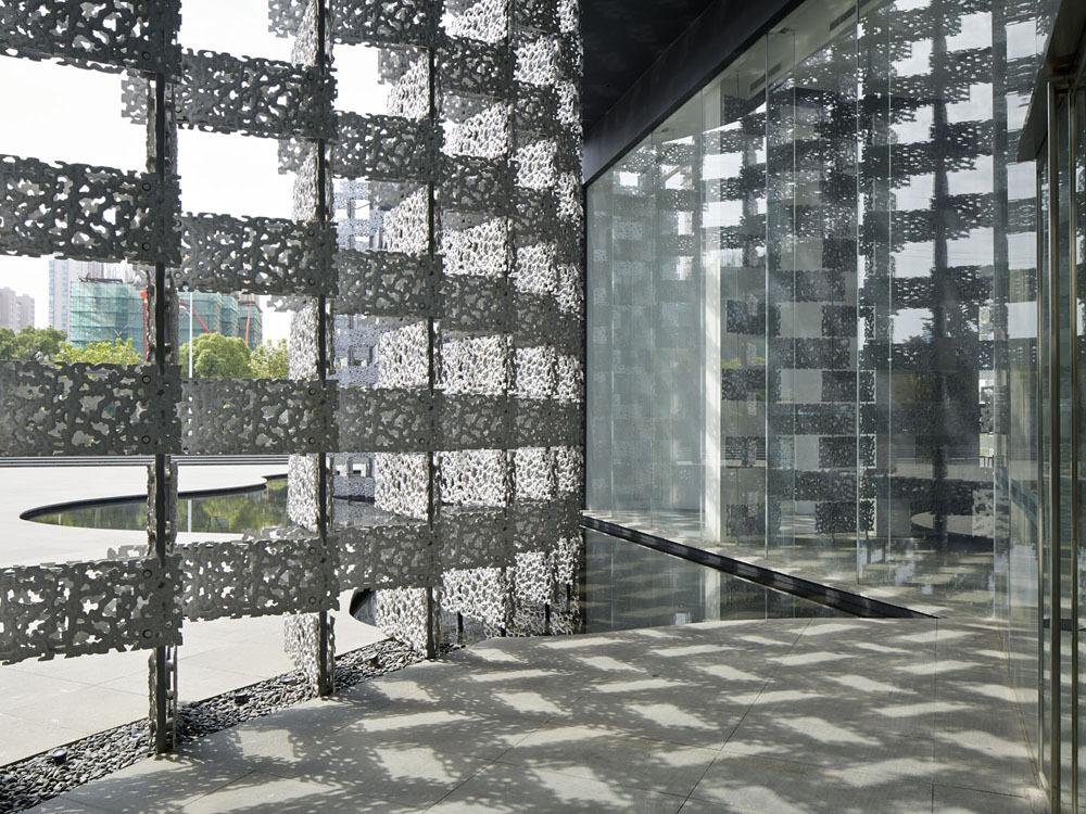 Gallery Of Kengo Kuma Unveils Aluminum Clad Art Gallery In