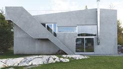 Villa Tussefaret  / Lie Øyen Arkitekter
