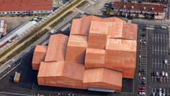 The FORUM Associative  / Manuelle Gautrand Architecture